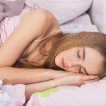 ノンレム睡眠とレム睡眠。睡眠の周期と目覚めの関係とは?