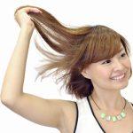 静電気で逆立つ髪の毛!その原因と対策は?
