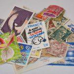 切手の正しい貼り方!複数枚の時はどうする?切手の選び方もご紹介!