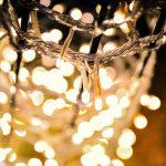 クリスマスのイルミネーションを家でするならLEDライトがお得!