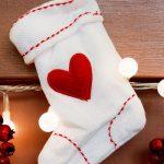 簡単に手作り!クリスマスプレゼントのための靴下の作り方!