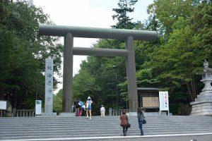 北海道神宮前の鳥居