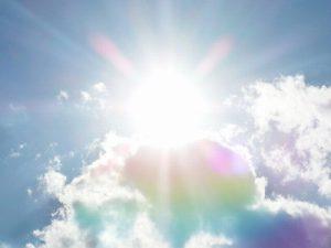 太陽の強い日差し