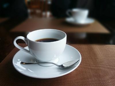 喫茶店 と カフェ の 違い