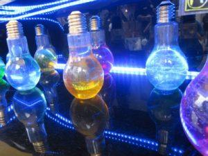 電球ソーダが光る