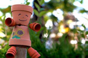 茶色の人形