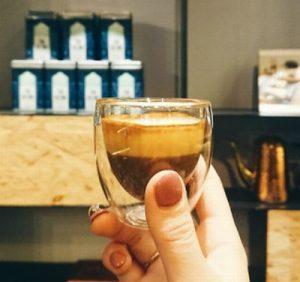 二層に分かれているベトナムコーヒー